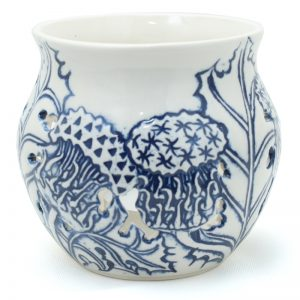 Candle_holder_thistle_blue