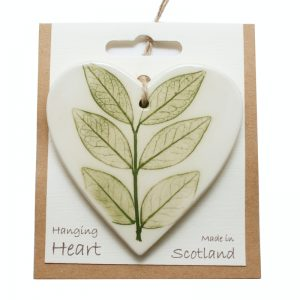 Pressed leaf hanging heart green-3