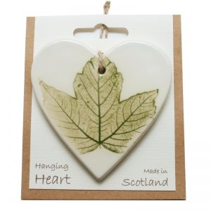Pressed leaf hanging heart green-4