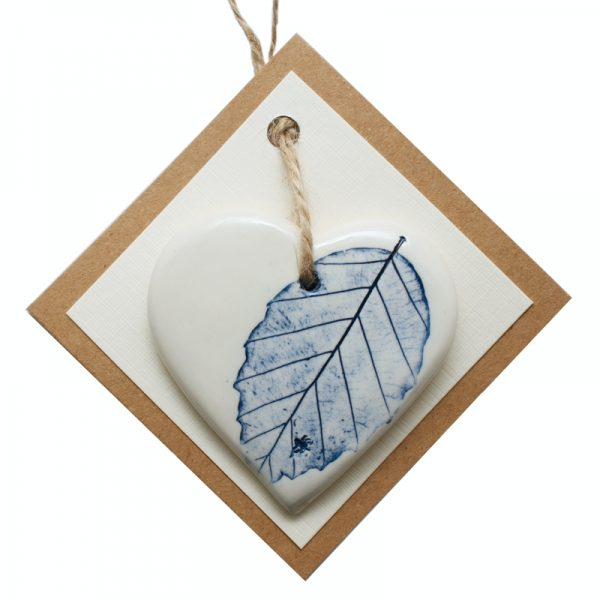 Pressed leaf small heart blue-1