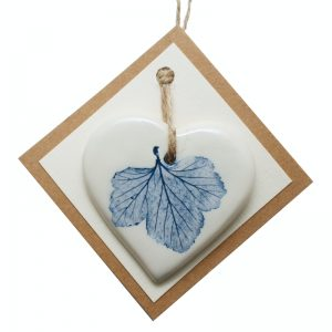 Pressed leaf small heart blue-2