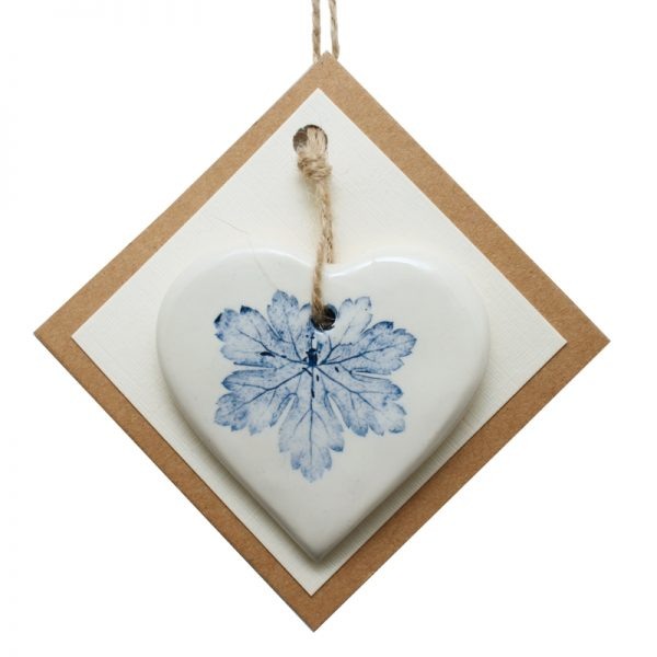Pressed leaf small heart blue-4