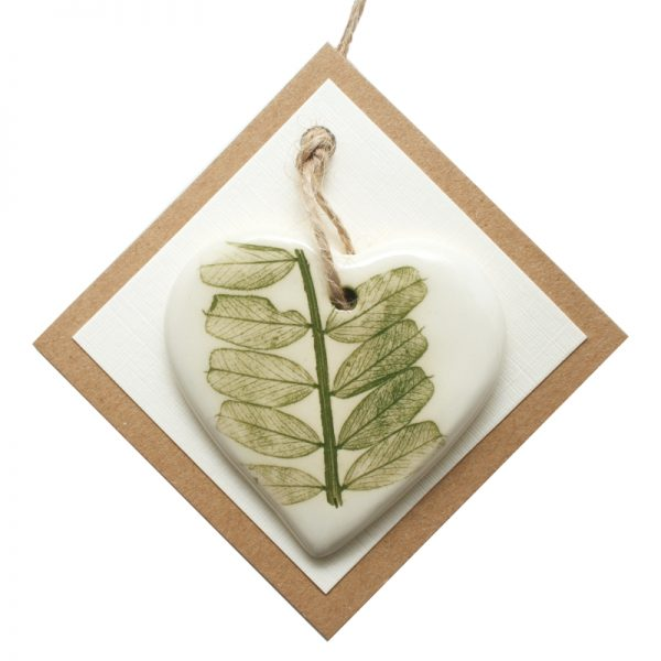 Pressed leaf small heart green-3
