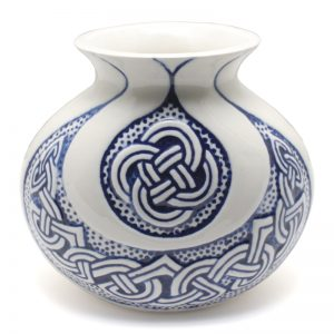 Celtic Vase -blue